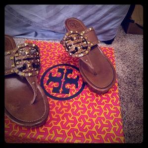 Cute story Burch sandels